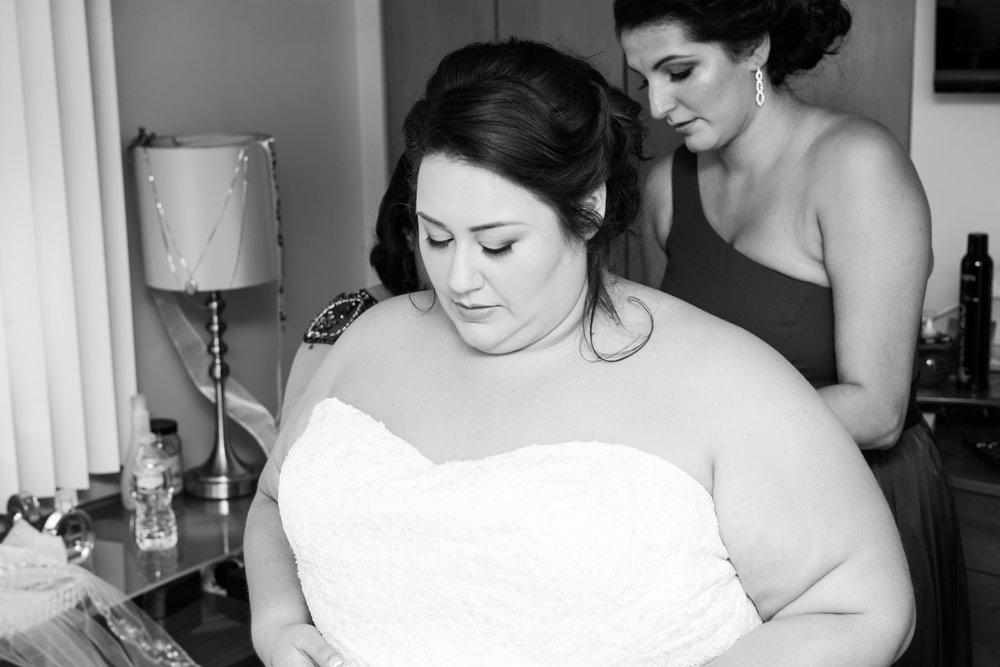 BridesbyYoung-RealBride-PlusSizeCurvyWeddingDress-MargieMichael-4.jpg