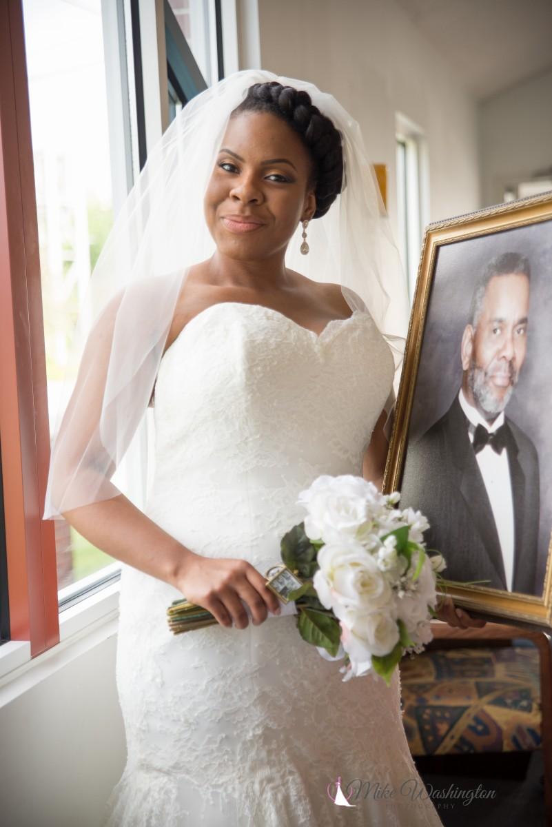 BridesbyYoung-RealBride-PlusSizeCurvyWeddingDress-BrittanyZach-12.jpg