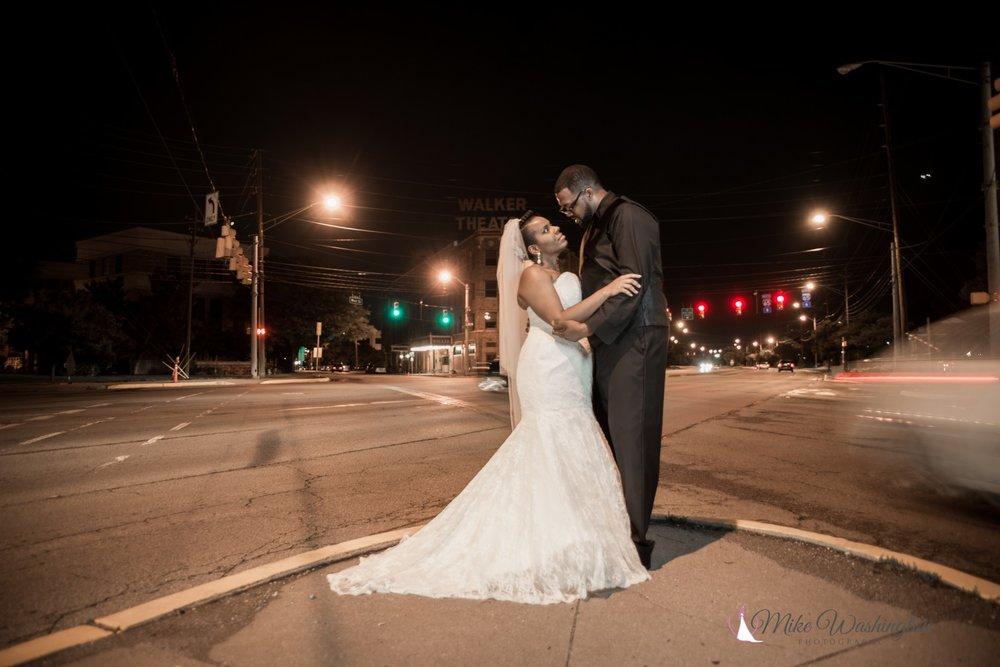 BridesbyYoung-RealBride-PlusSizeCurvyWeddingDress-BrittanyZach-19.jpg