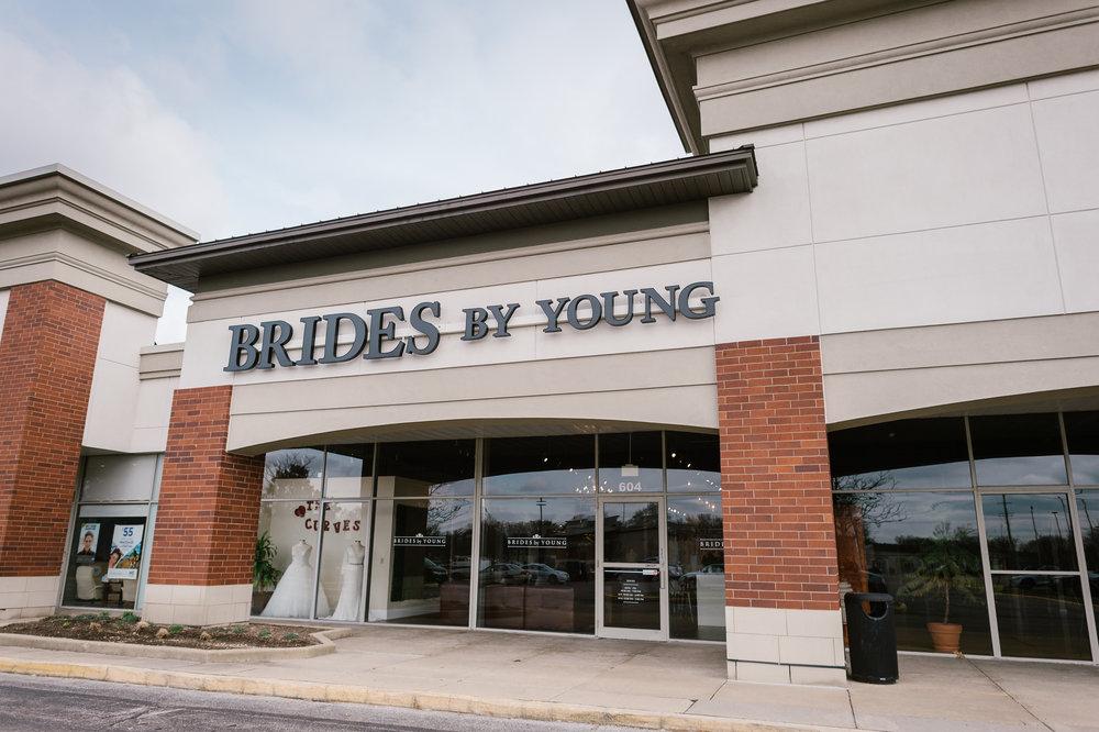 BridesbyYoung-PlusSizeBridalStore-Schaumburg-Chicago-Illinois-10.JPG