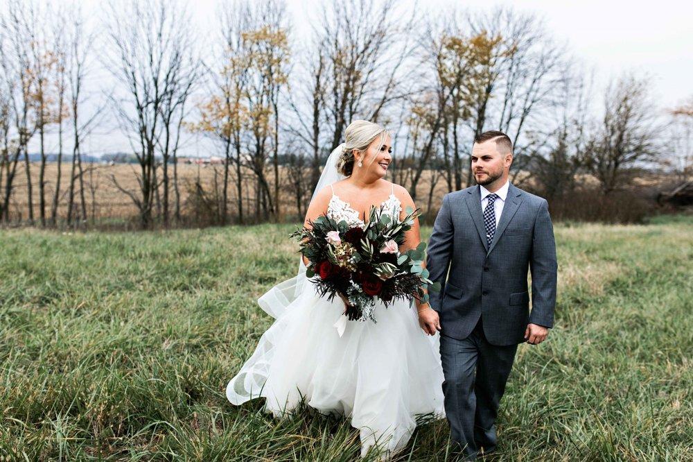 BridesbyYoung-Curvy-BlushHayleyPaige-Madi-Wedding-Inspiration-12.jpg
