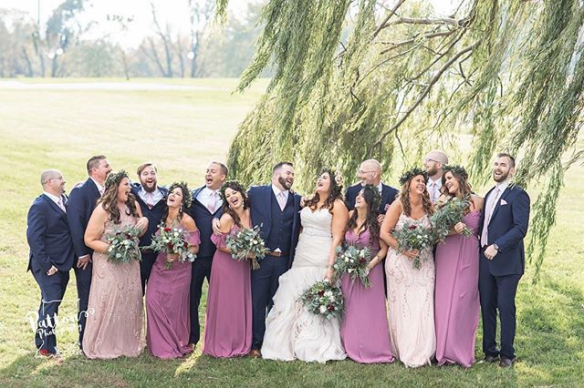 Andrea, our #BridesbyYoungRealBride, coordinated various bridesmaids styles seamlessly, and they had matching smaller crowns too! 😍 PS. @splynda, we have to know the joke behind this perfect bridal party wedding picture 🙌