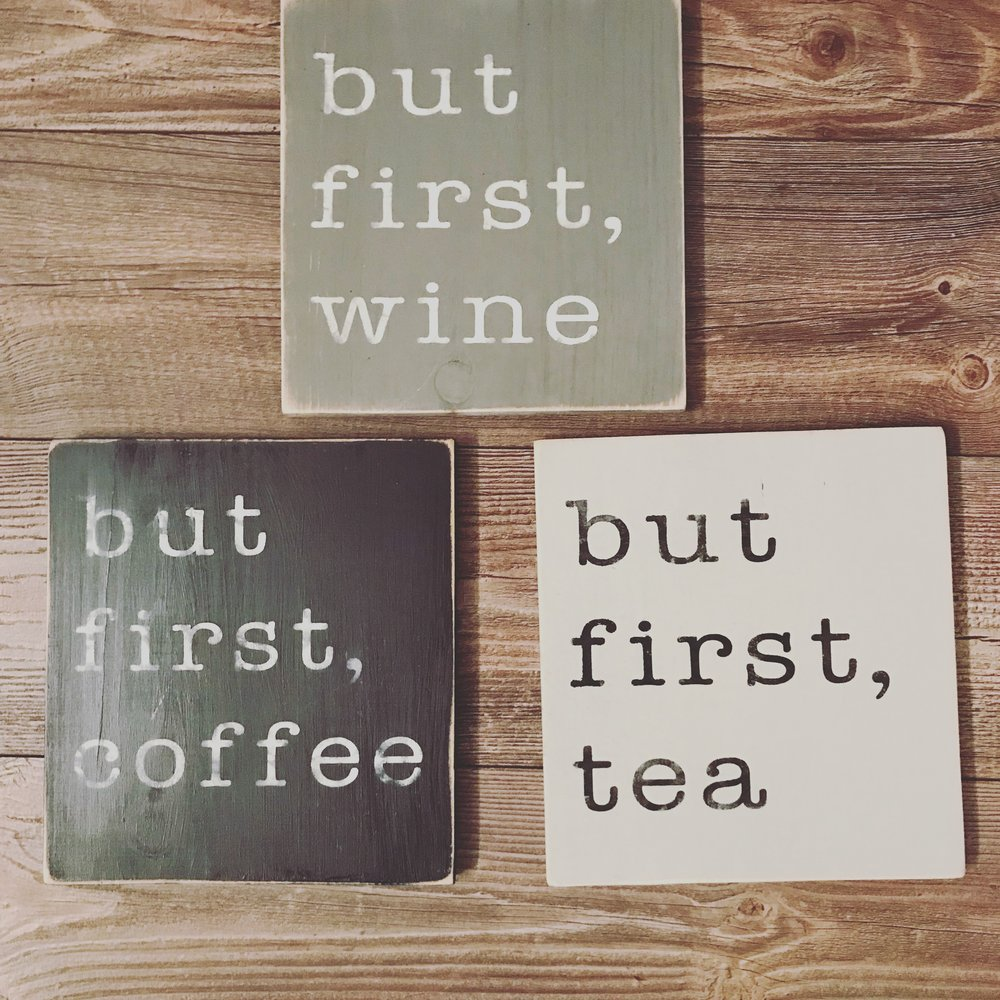 10X10 PINE SIGNS  CHOOSE YOUR DRINK AND YOUR COLOUR  $15 EACH