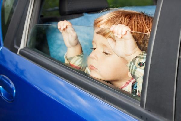 child-in-car.jpg