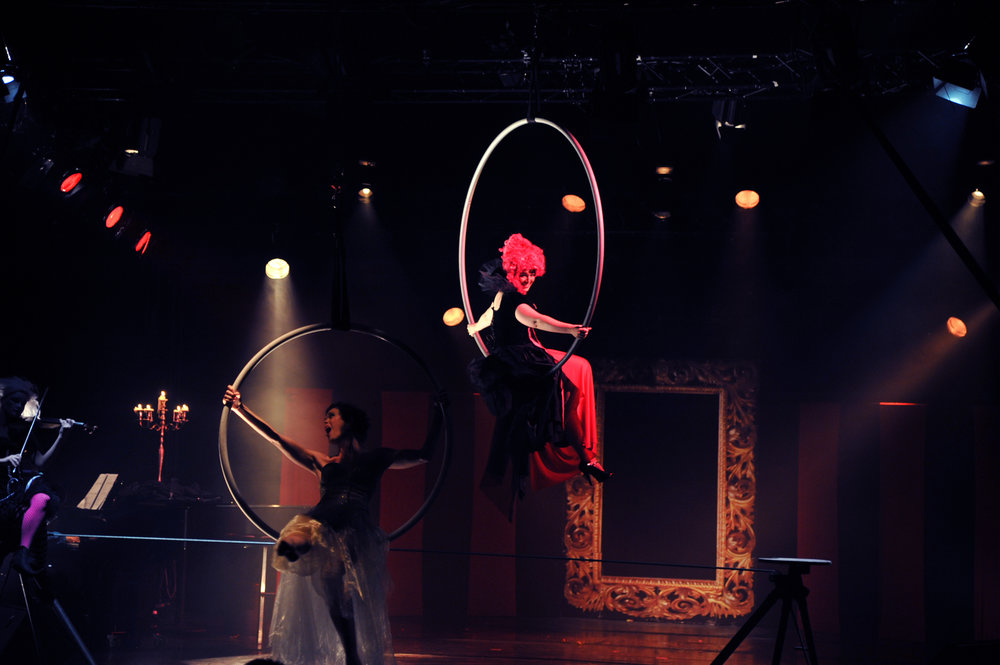 Image: Allegra Giagu (Orlenda), Valda Wilson (Lucy) Sonja Schebeck (Freckle) and Lisa Chou (piano) performing Sanctuary in Charody's circus opera 'The Carnival', Hamburg, October 2013.