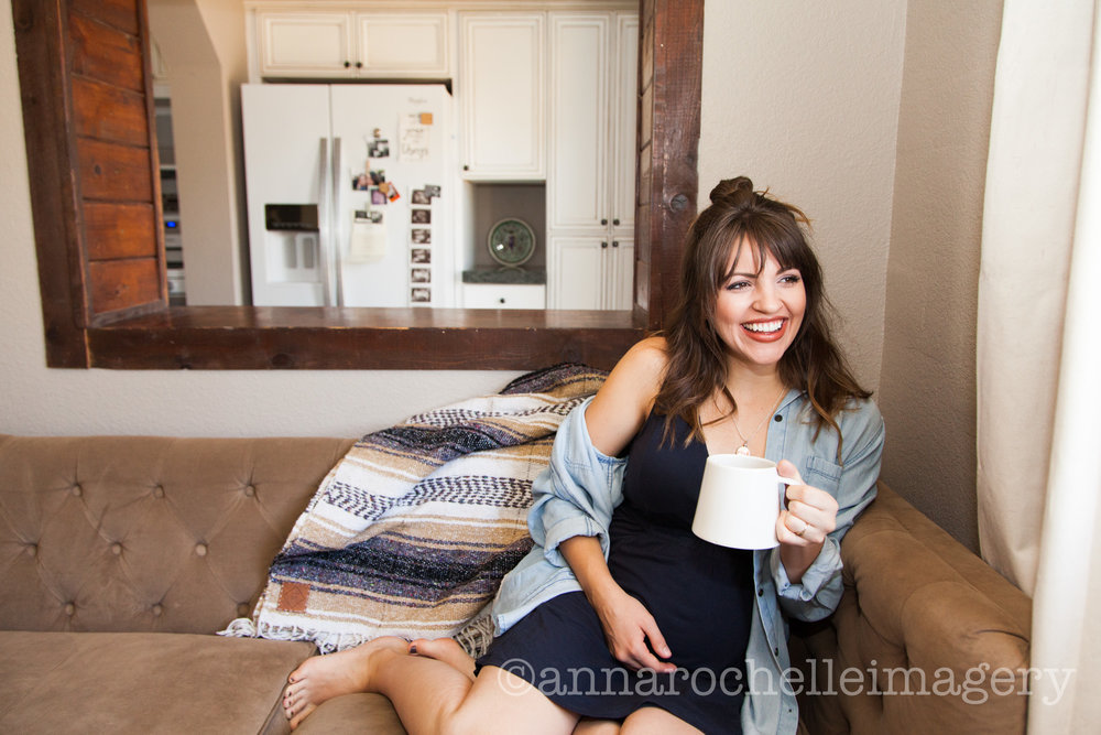 anna rochelle imagery-lifestyle-mothers-daughters-in home-photography-4.jpg