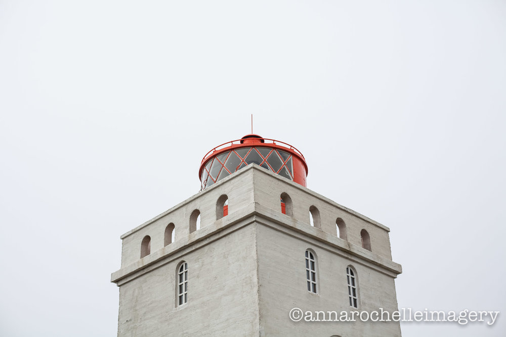 lighthouse_iceland_anna-rochelle-imagery.jpg