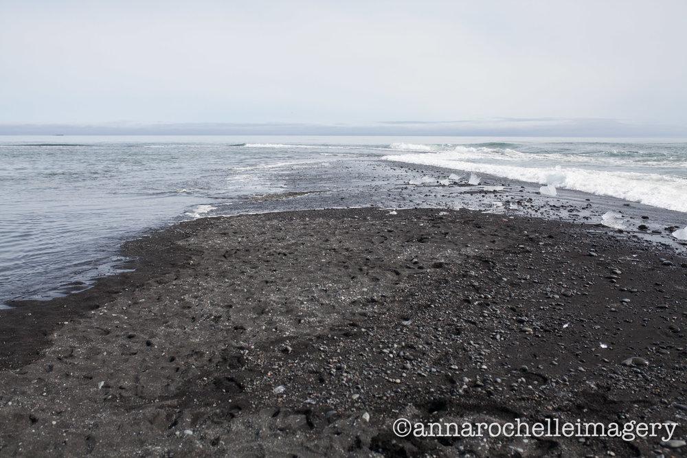 black-diamond-iceberg-lagoon-anna-rochelle-imagery-travel.jpg