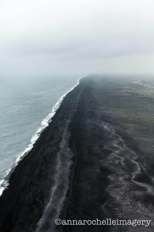 black-beach-iceland-travel-anna-rochelle-imagery.jpg
