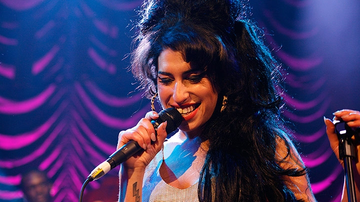 Amy Winehouse - Live at Bush Empire - TV SHows
