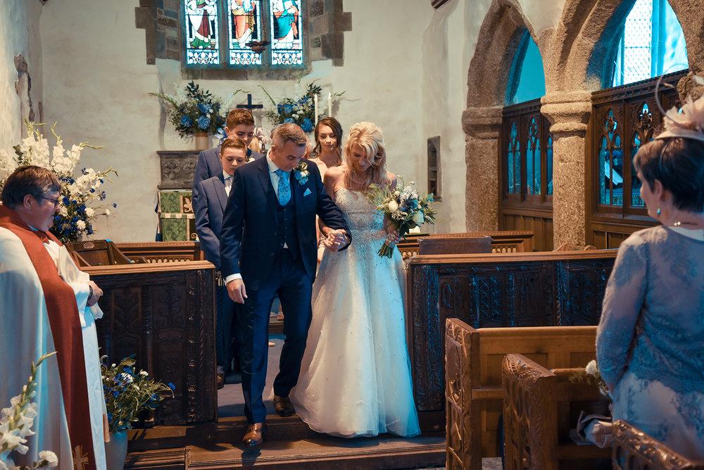 Wedding couple Isle Church