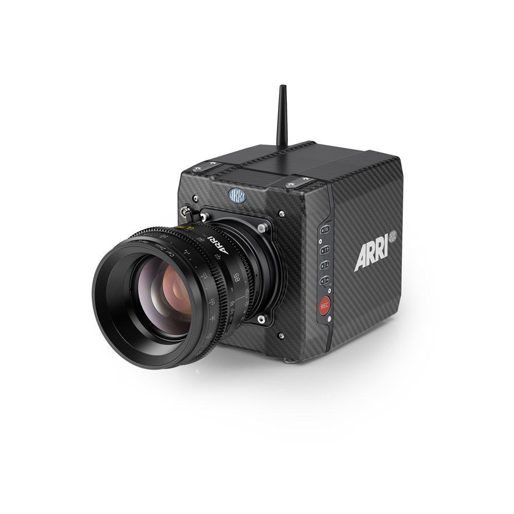 ARRI Alexa Mini - Flight time w/ lens + follow focus: 8-10 min.