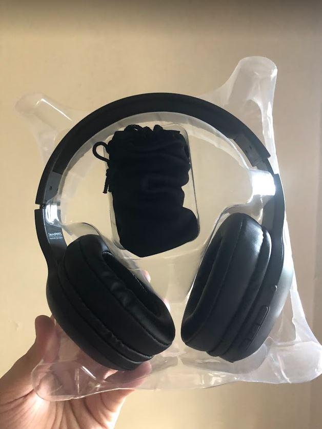 front facing headphones.JPG