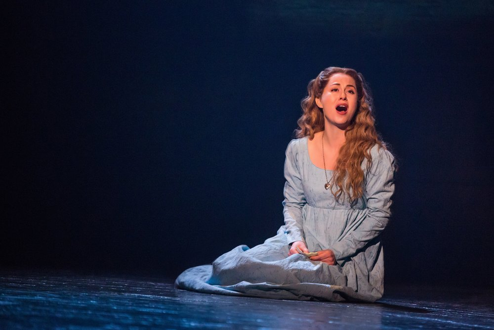07_LES_MIZ_TOUR_2_18_1655_1670_Mary Kate Moore as Fantine.jpg