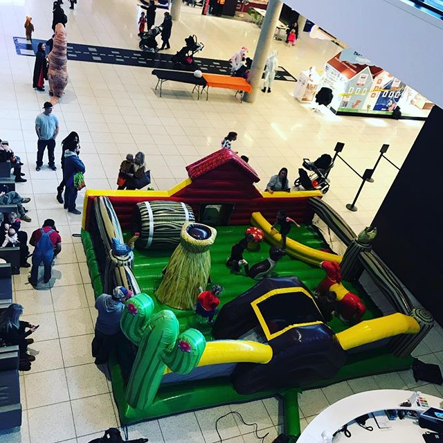Halloween at YMM Airport 2018 is a spooky sight! #YMM #YMMairport #Bouncycastle #Halloween #trickortreat