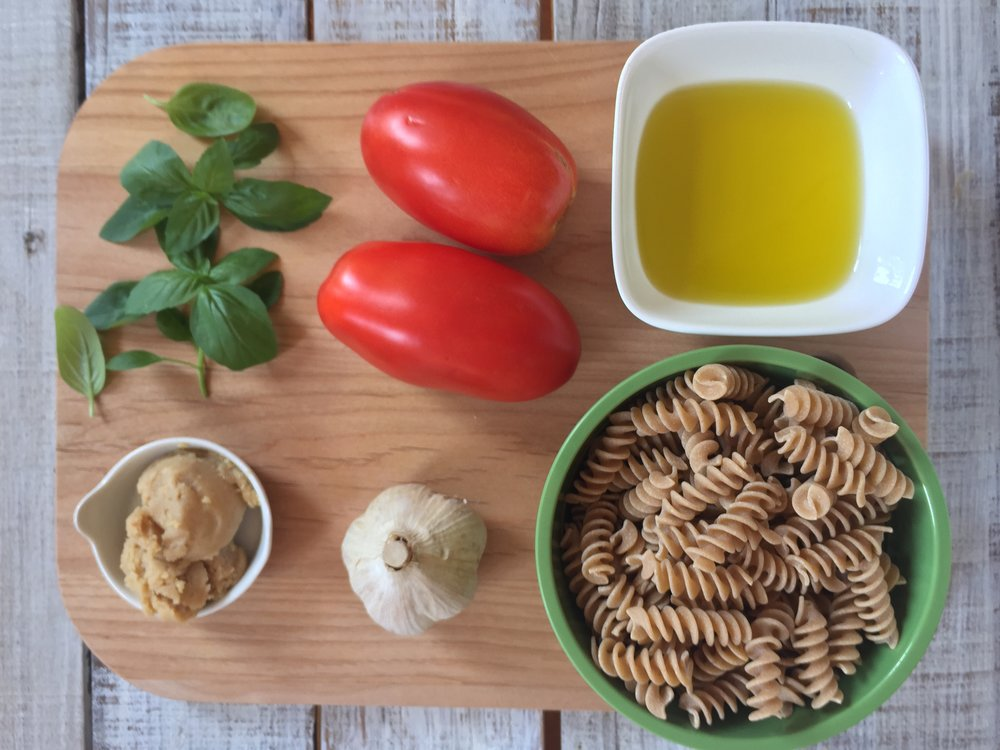 Summery-No-Cook-Tomato-Sauce-Pasta-4.JPG