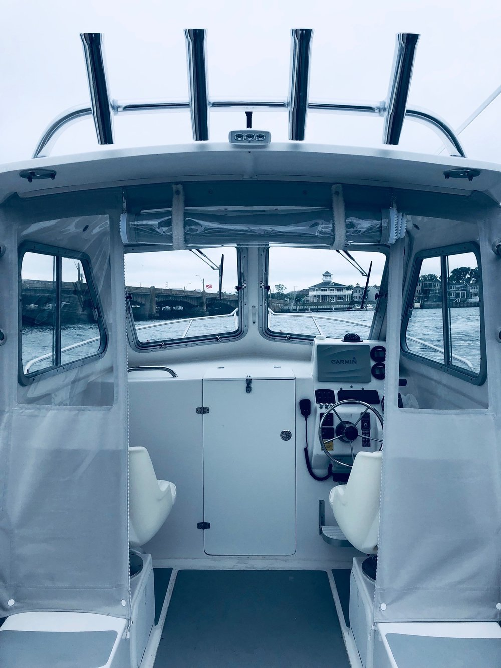 215 PILOTHOUSE VIEW.jpg