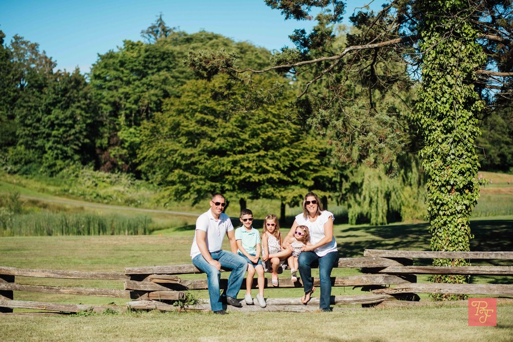 LITSA, NIKO, VASILIKI, KATERINA + DIMITRI Arbutus Park/McCleery Golf Family Photoshoot 2018-06-15  Location: Arbutus Park + McCleery Golf Course  Shot on: Nikon D810