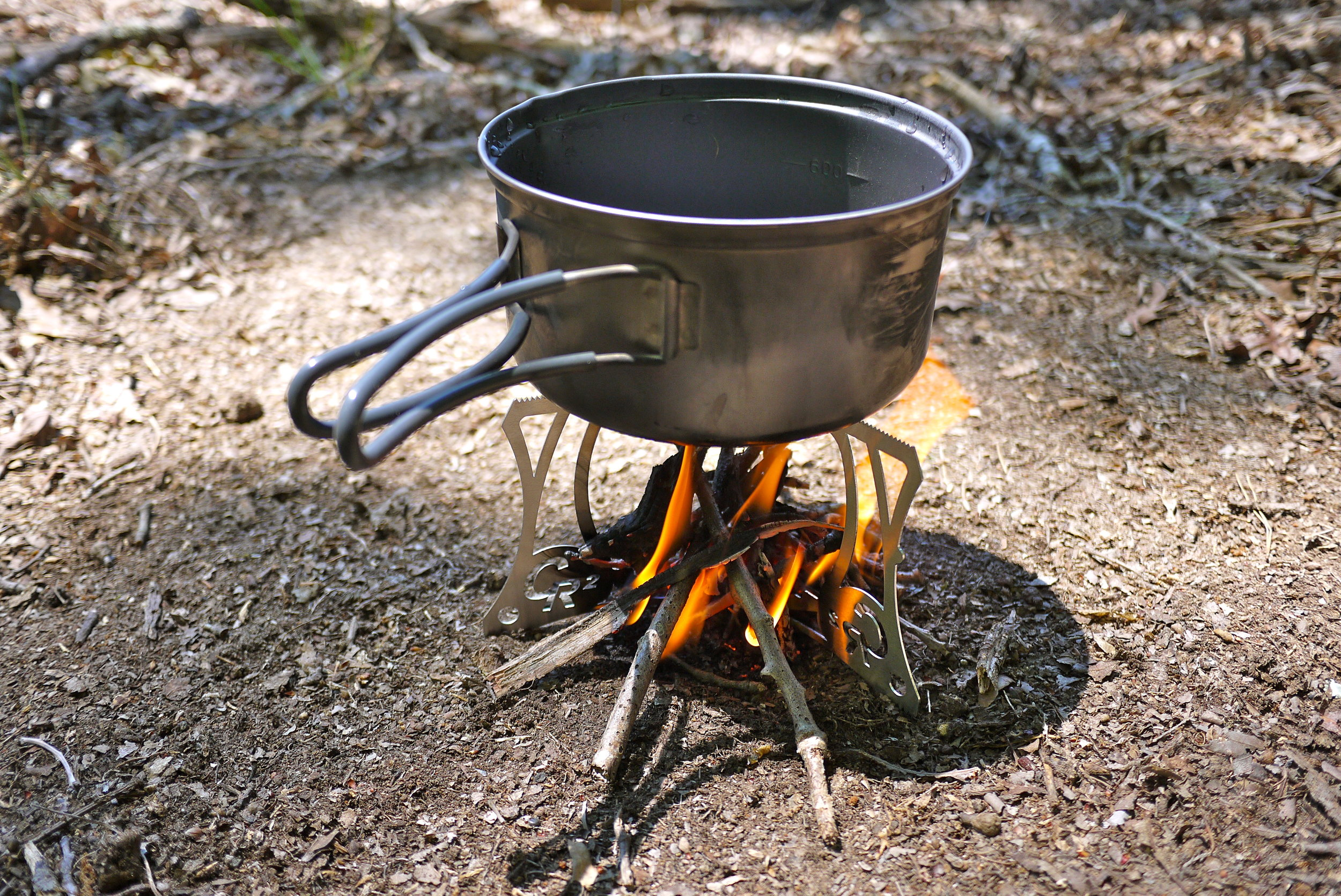 Critter CR2 Stove Stand