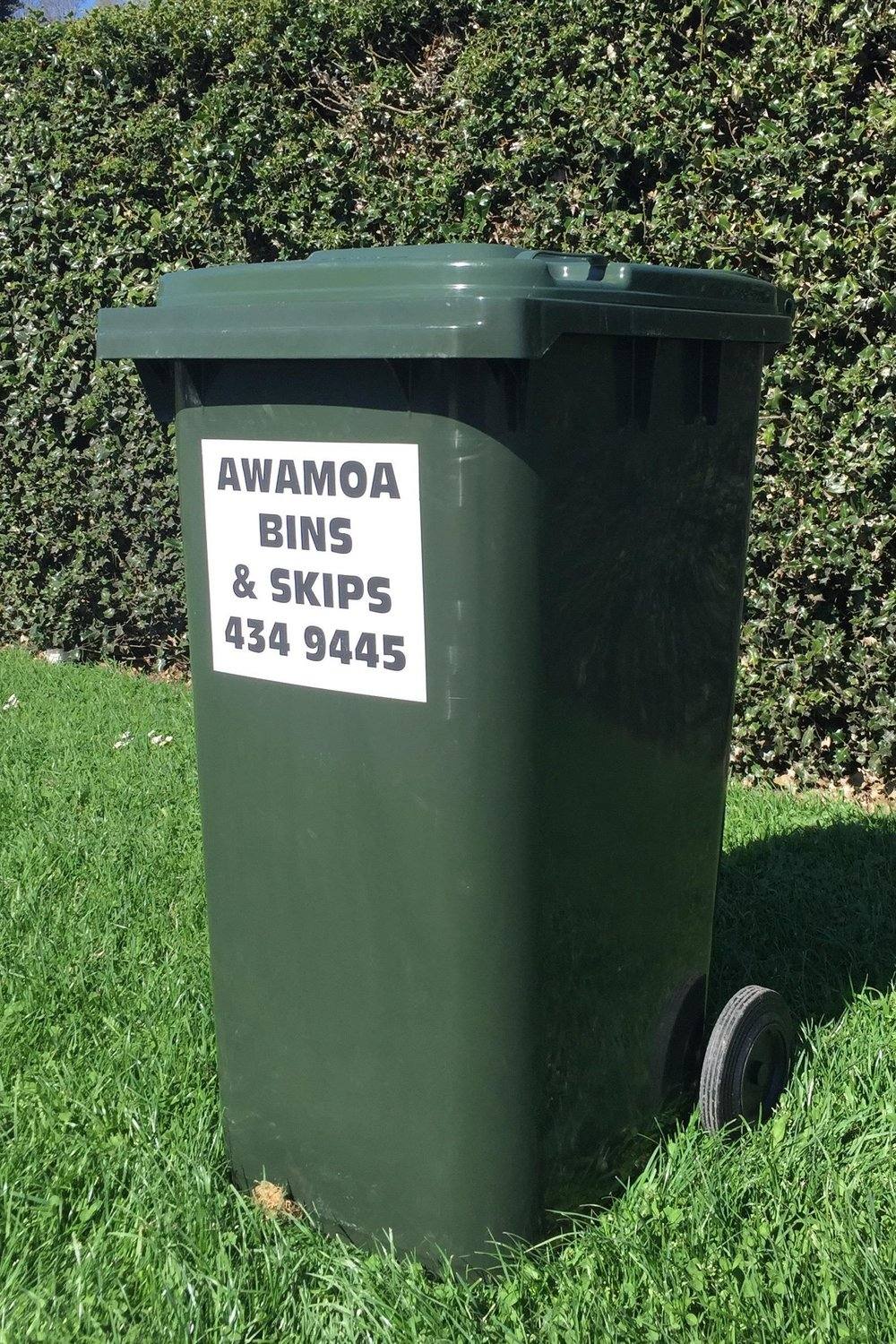 GENERAL WASTE - Large Wheelie (240 litre) or Small Wheelie (120 litre)For all types of household waste, except hot ash.Collection frequency to suit the individual.Some rural areas are visited fortnightly only.Please ensure you call us before 5pm the day prior to request your collection.