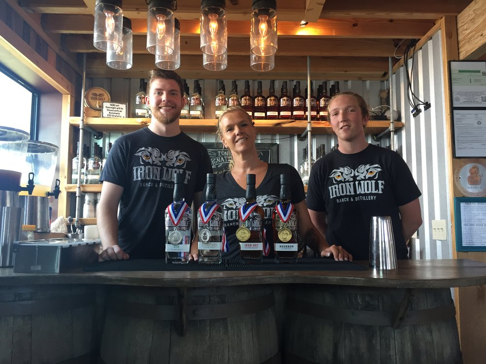 IW Tasting Bar - Jarod-Jenna-Wilson - Jul2018.jpg
