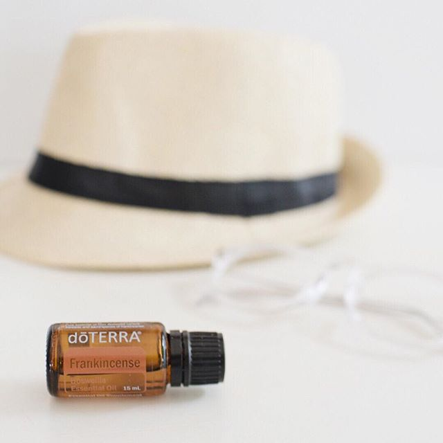 "Did you know that essential oils can play a powerful role in emotional healing? Frankincense is a powerhouse for supporting our emotions because he's the 'Oil of Truth'✨ ⠀⠀⠀⠀⠀⠀⠀⠀⠀ 'Frankincense reveals deceptions and false truths. It invites individuals to let go of lower vibrations, lies, deceptions, and negativity. This oil helps create new perspectives based on light and truth. Frankincense recalls to memory spiritual understanding, gifts, wisdom, and knowledge the soul brought into the world. It is a powerful cleanser of spiritual darkness. Frankincense assists in pulling the ""scales of darkness"" from the eyes, the barriers from the mind and the walls from the heart. Through connecting the soul with its inner light, this oil reveals the truth.' - from the Emotions and Essential Oils book🙏 ⠀⠀⠀⠀⠀⠀⠀⠀⠀ This beautiful oil is free with any single order over 200pv for another 24 hours so there's still time to snap this up - if you don't have a doTERRA account yet simply click the link in my bio to get started or send me a DM. Frankincense is not only the king of the oils because of how it can support us physically but I'm yet to meet a person would wouldn't benefit from using this oil for their emotional well-being✨"