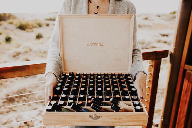 4 years ago today I ordered an essential oils kit from doTERRA🙌 #bestdecisionever ⠀⠀⠀⠀⠀⠀⠀⠀⠀ In this time our household has been totally transformed... we are healthier, happier and calmer than ever before! ⠀⠀⠀⠀⠀⠀⠀⠀⠀ If you've been thinking about bringing essential oils into your life then today is a freaking good day to say 'yes' to joining us in our Essential Collective Co tribe - I have an extra special gift for you to celebrate my doTERRA anniversary🌿 Whether you want to use these oils for yourself or share them with others we'd love to welcome you to the essential oil lifestyle🙌 ⠀⠀⠀⠀⠀⠀⠀⠀⠀ To get started click the link in my bio or send me a DM - I can't wait to share these amazing oils with you😍 ⠀⠀⠀⠀⠀⠀⠀⠀⠀ Ps- I tend to go 'all in' when I make a decision so I took the plunge with the $1,390 Oil Sharing Kit without even smelling a drop😂 Lucky my intuition was spot on and it was a great choice! Our starter kits start from $174 & there's a kit for every budget so your 'all in' might be a bit different to mine and that's totally perfect💕