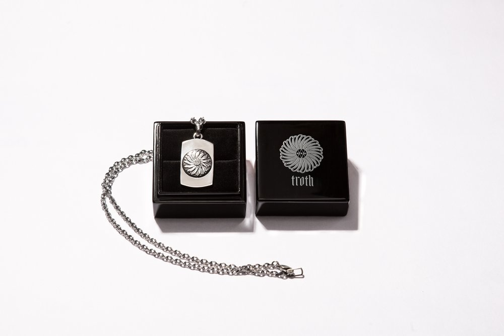 necklace-large-box.jpg