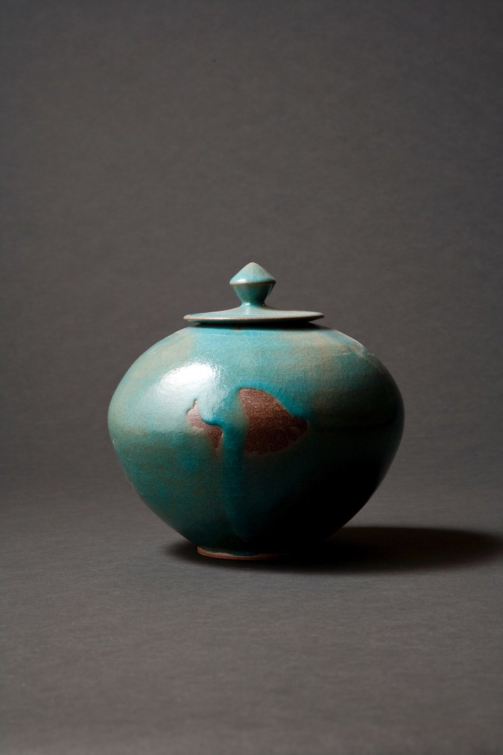 KOREAN COVERED JAR - 22CM X 22CM.jpg