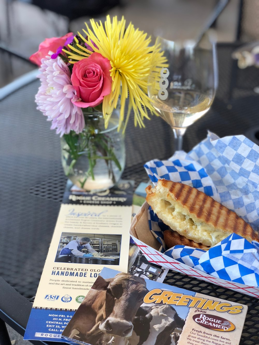 Stopped by Central Point's Rogue Creamery for a delicious blue cheese grilled cheese sandwich. David Ledger Winery is right next door - the wine and grilled cheese went perfectly together. :)