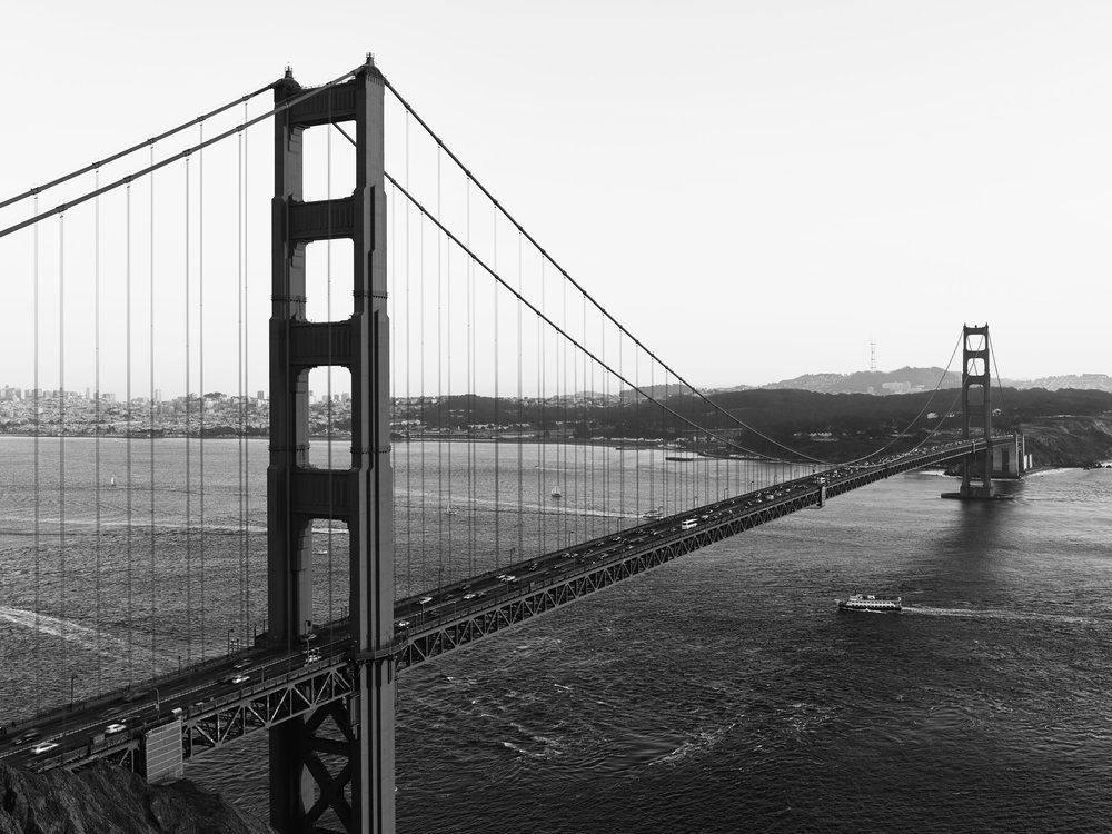 SF_GoldenGateBridge_Panorama1 005172_bw.jpg