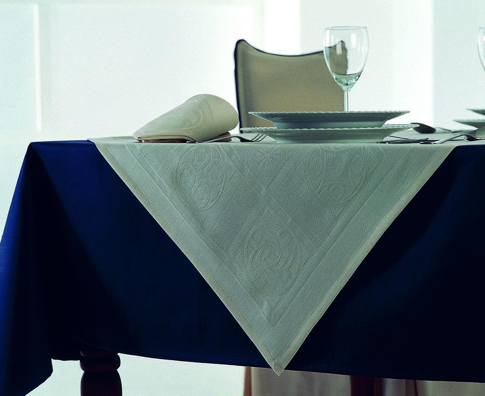 mantel azul blanca.jpg