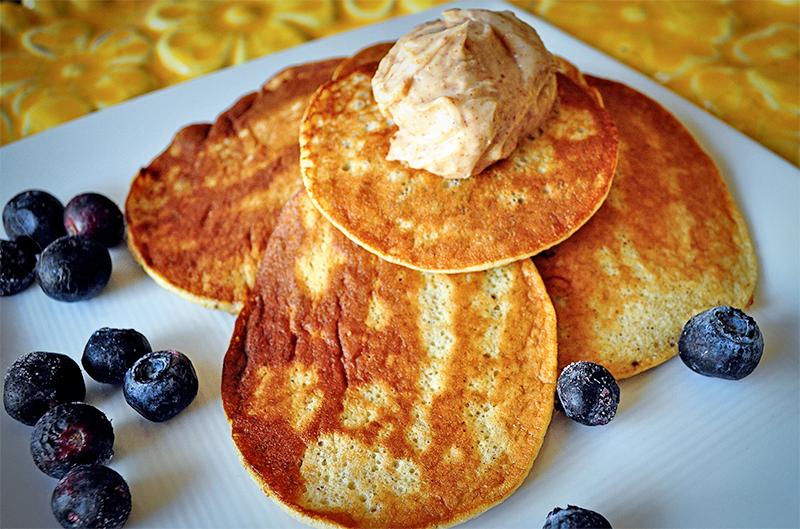 banana-egg-pancakes1.png