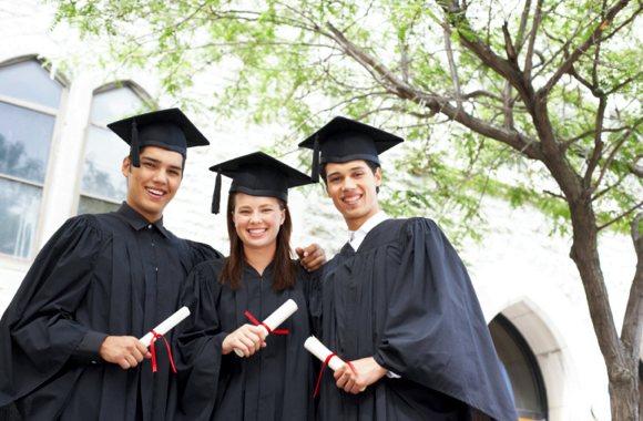 Ontario-University-Students-Study-Magazine.jpg