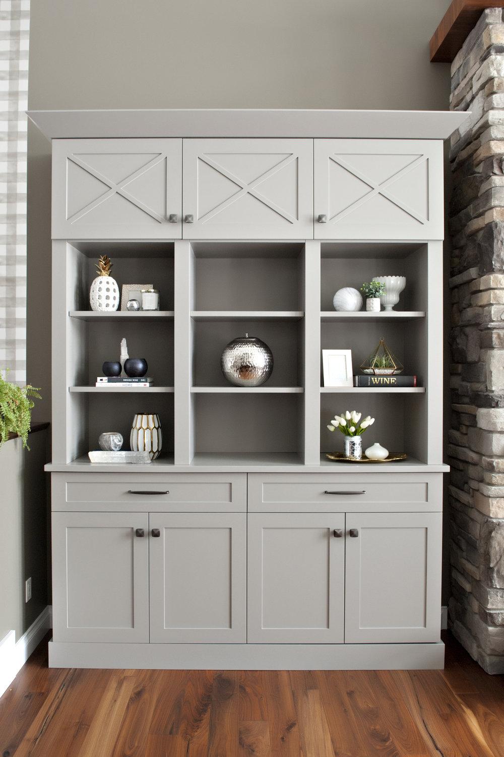 Interior-Design-River-Rd-Custom-Built-In-Grey