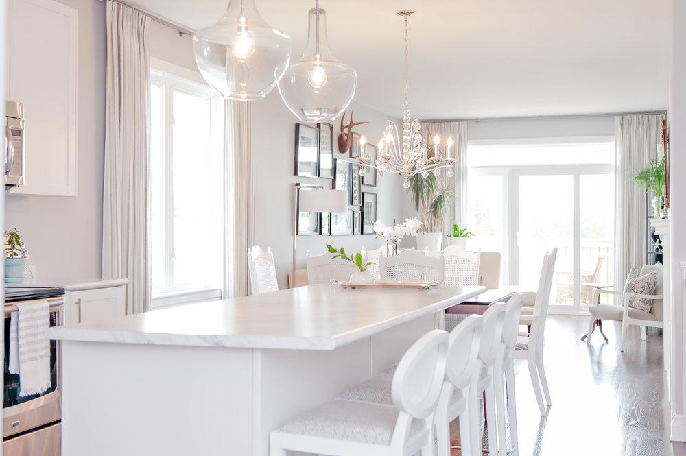 Interior-Design-Kitchen-White-Modern-Rustic