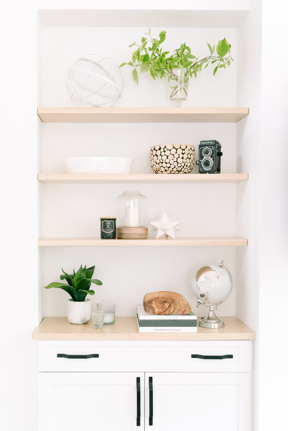 Interior-Design-Carp-Project-Shelf-White-Wood-Open