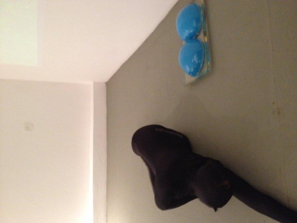 azul-no-negro-galeria-eduardo-fernandes-sao-paulo-brasil-out-nov-2015-548-800x800r.jpg