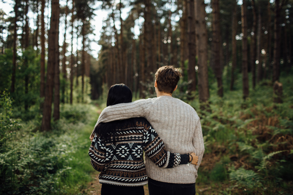 fall-date-ideas-happily-ever-after.jpg