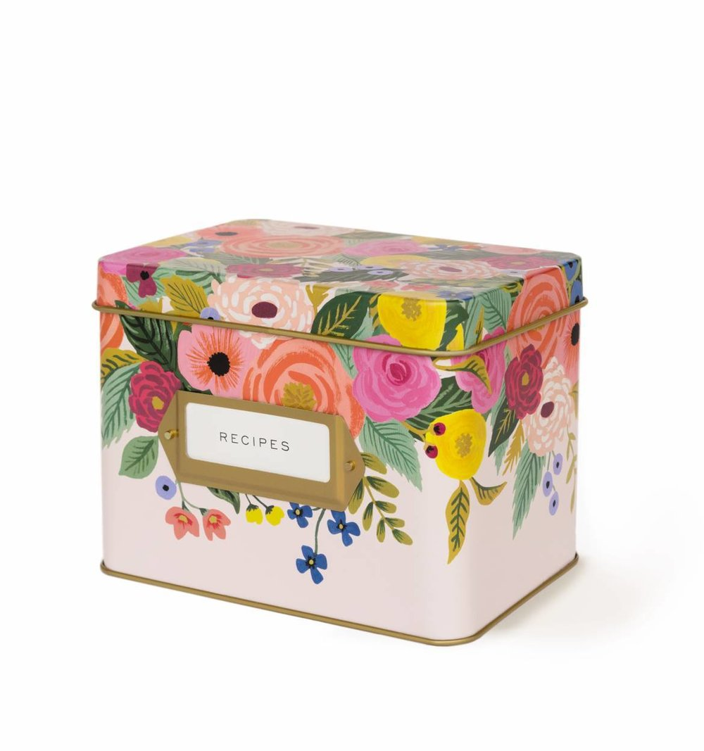 pretty recipe card box.jpg