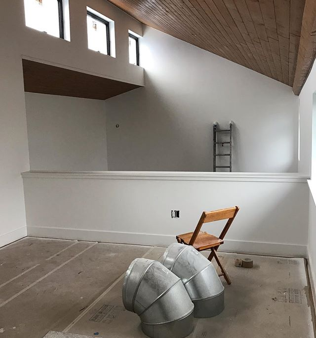 A gray kinda day but love the light inside this ADU. #ADU #austinadu #staycation #austinmodern #walkerzanger #annsacks #riftsawnwhiteoak #austinguesthouse