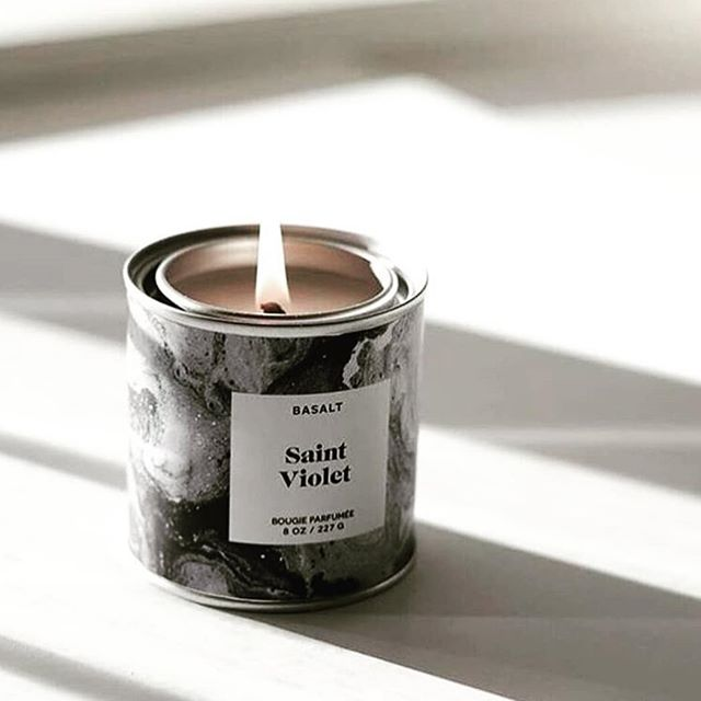 Yikes, if there was ever a day that called for candle, its today! The weather may be awful but  notes of mandarin orange, cucumber, jasmine and sandalwood will take you back to summer and sunshine. Soy based, organically derived and sealed for freshness in industrial paint tins, @basaltbasalt is a beautiful addition to any nightstand or bath area 🛁 . . . . . #wanderfulboxes #giftboxes #customgiftboxes #consciousgifting #selfcare #cleanbeauty #curatedgifts #giftgiving #virginiabeach #naturalbeautyproducts #organicbeautyproducts #betterbeauty #organicskincare #greenbeauty #handcraftedwithlove #consciousconsumer #smallbatch #artisan #thoughtfullyproduced #candles