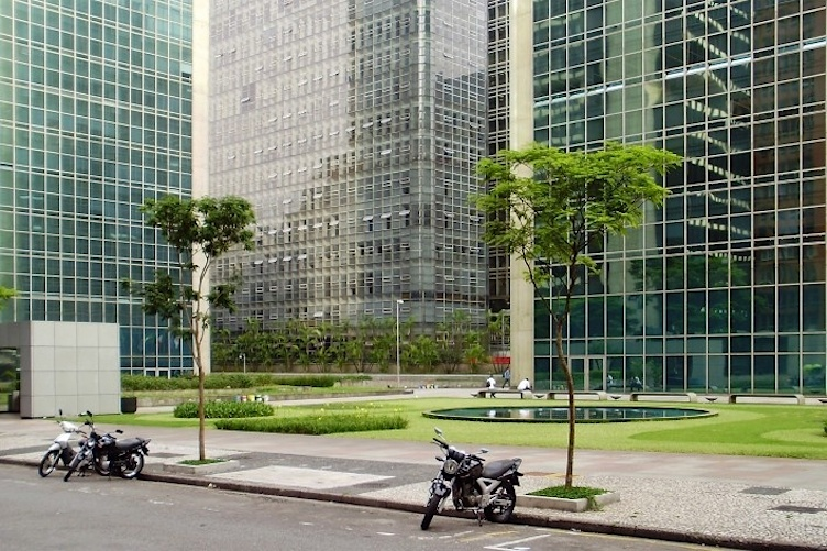 Downtown 01.jpg