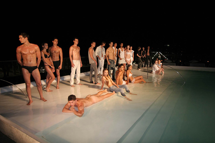 Calvin Klein Jeans Sunset Party