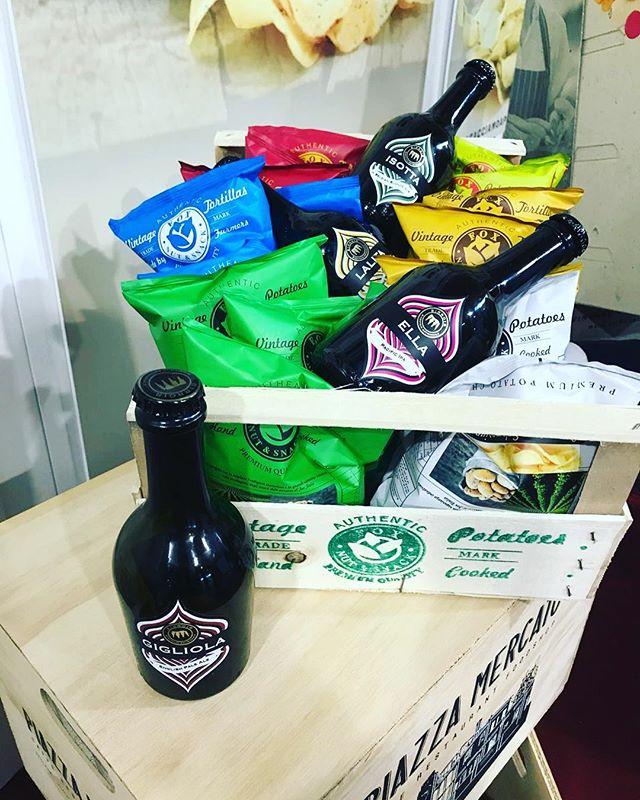 Per il miglior aperitivo venite al PAD C5 STAND 200 @foxitalia_snack @beerattraction • • #birroir #birrificiobirroir #beerporn #instabeer #beeroftheday #instagood #photooftheday #tbt #followme #follow  #picoftheday #like4like #tagsforlikes #instadaily #igers #instalike #likeforlike #food #instamood #follow4follow