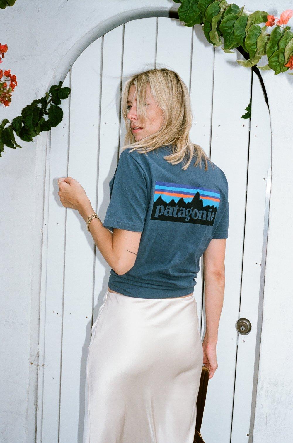 Patagonia t-shirt look 7.JPG
