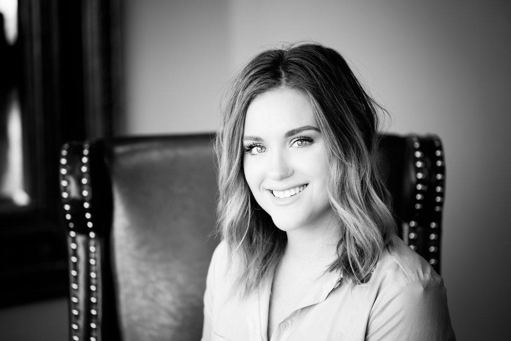 Lindsey  | Stylist