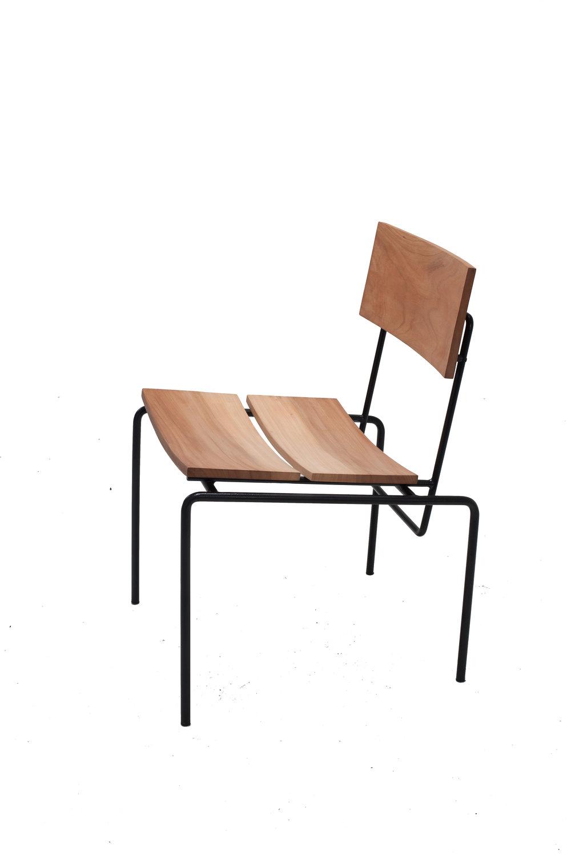 Cadeira F_fundo branco.jpg