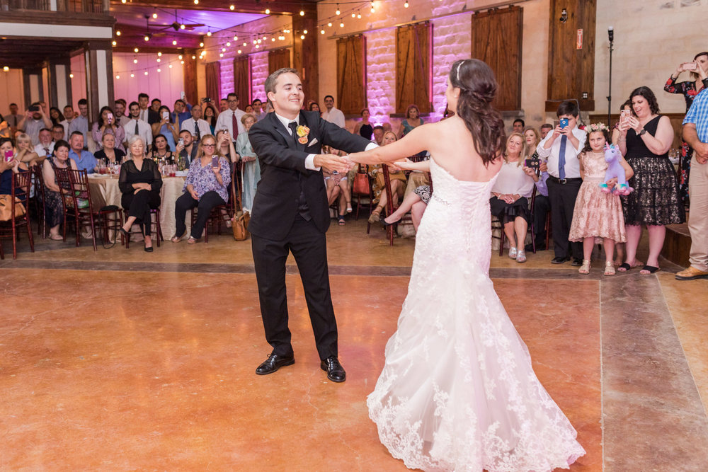 Wedding-at-the-Oaks-at-Heavenly-Dawn-Elizabeth-Studios-0115.jpg