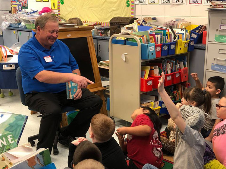 Had a great time reading to the first grade students at Belgreen Elementary School for Read Across America week.